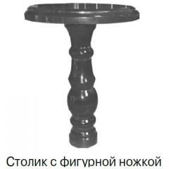 Столик с фигурной ножкой